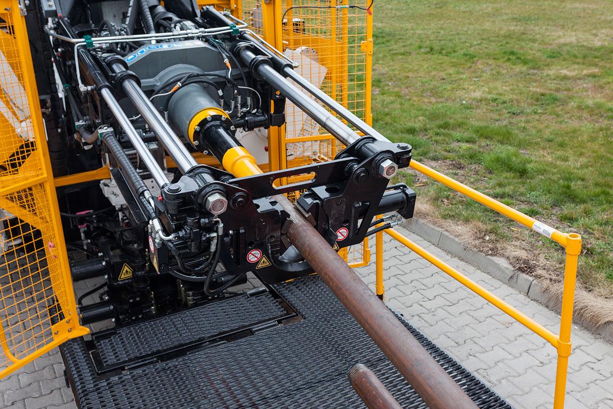 LF 160 površinska istražna bušilica