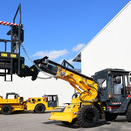 TSL 853 telescopic-swivel loader